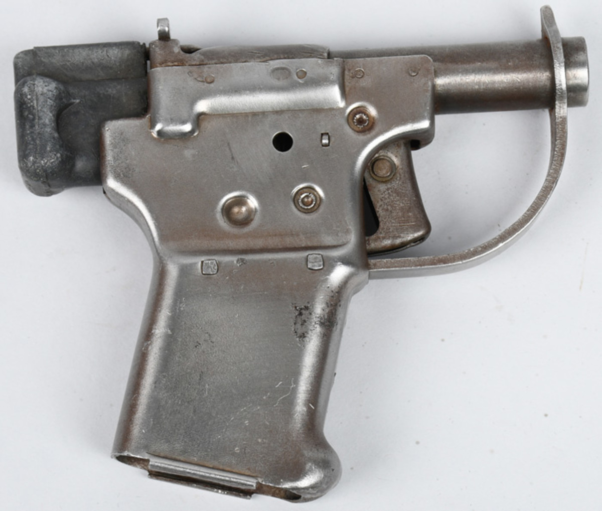 US-made Model FP-45 Liberator .45-caliber single-shot pistol, produced solely in 1942, intended for use behind enemy lines by resistance fighters. Sold for $2,040 against an estimate of $800-$1,200
