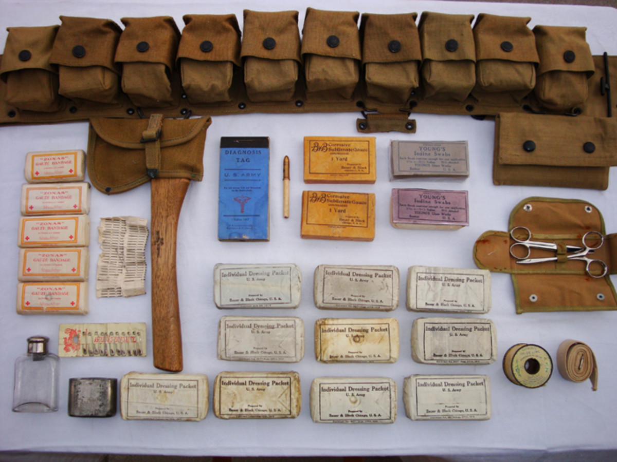 The author's own Enlisted Model 1917 Medical Belt with complete contents out of pockets. This belt is dated July of 1918.