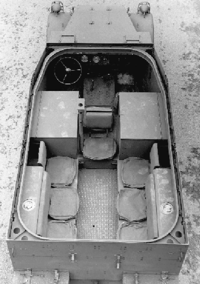 This overhead view of an early M2 illustrates the gussets used to brace the rear corners of the skate rail on these early vehicles. Also visible is the post that supported the radio antenna near the center of the passenger compartment, as well as the fuel fillers.