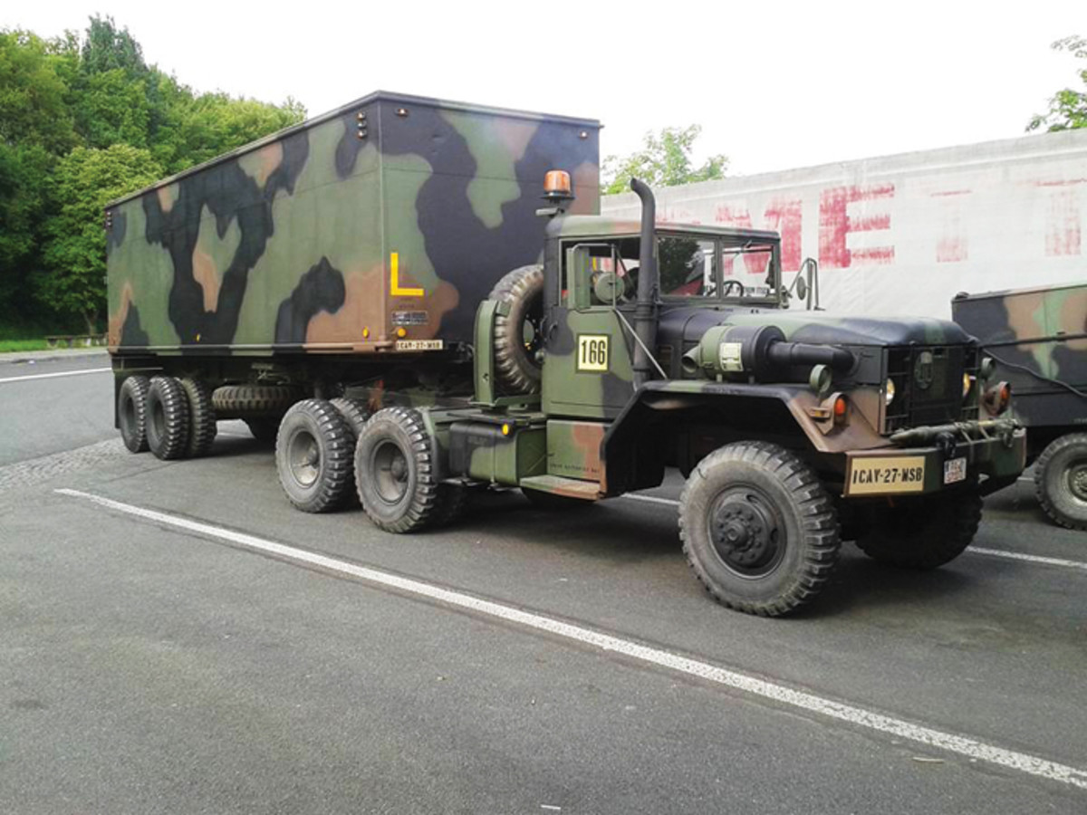 Stefan Petrowitsch's M52A2 and M128A2C trailer.