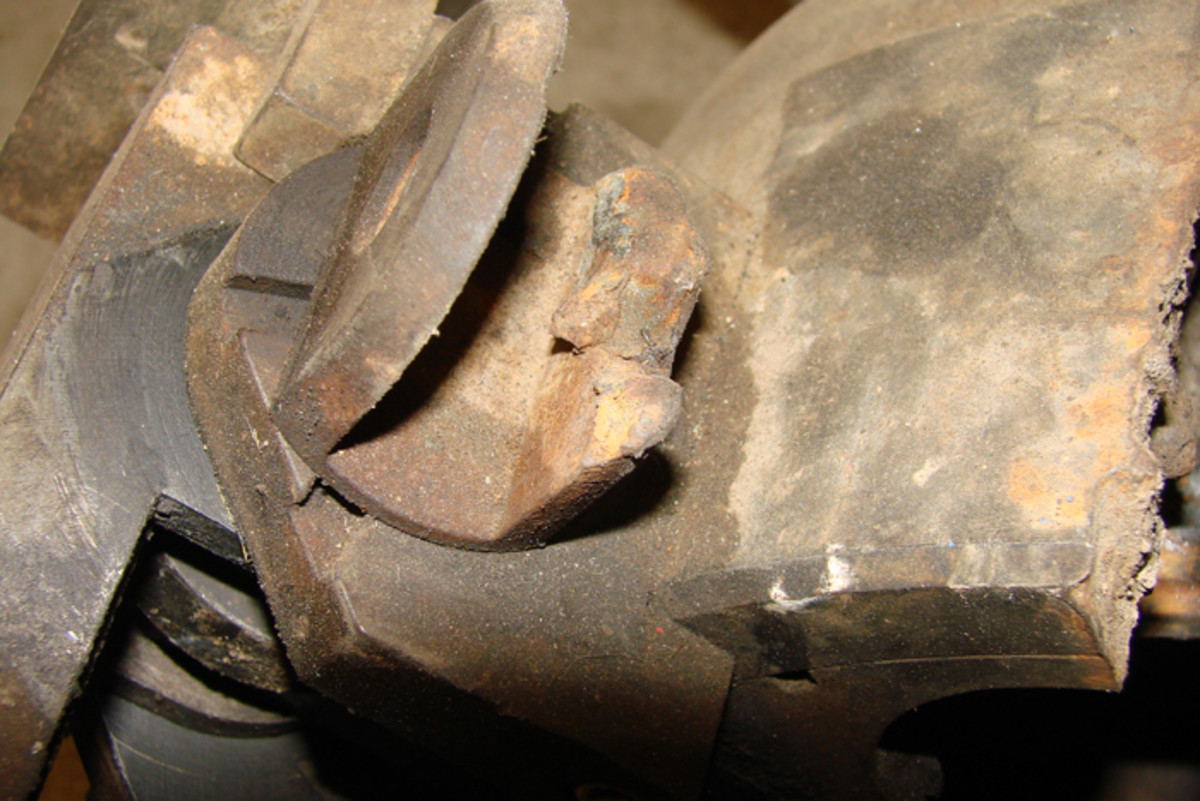 The torch was used to remove the breech block operating handle and in the process the operating pin was also destroyed.