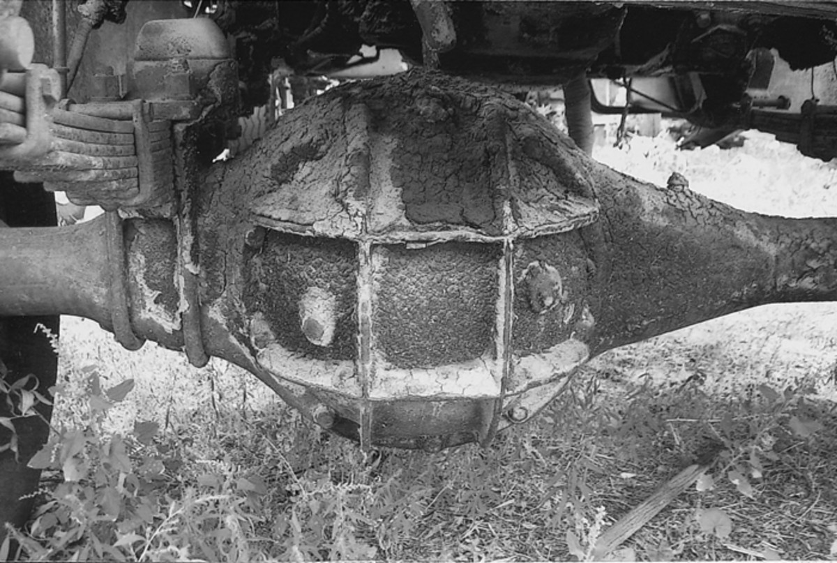 "This is a cruddy example of a General Motors Corporate ""banjo"" axle of WWII. All Chevrolet trucks were equipped with it."
