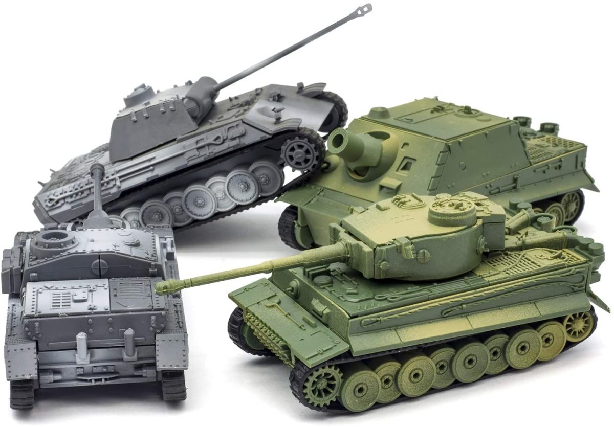 """The 4-D models were sold in a """"4-pack:"""" Panther, Sturmgeschuetz, Tiger, and Brumbaer."""