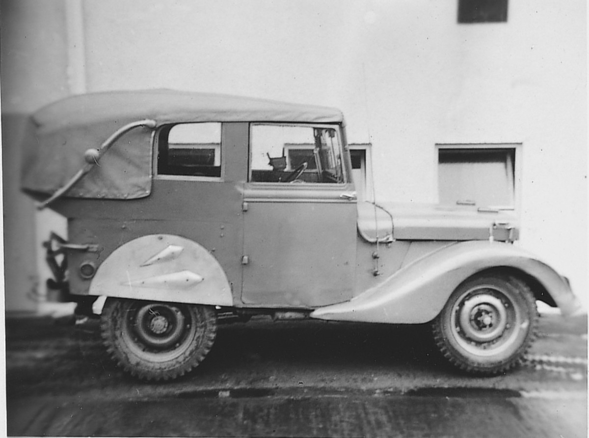 Extreme Makeover... Like any hot rodder, jeep modifiers were limited only by the parts they could find.The jeep pictured below appears to have benefited from a coach-builder's top and fenders, not to mention the fabricated doors and body panels.