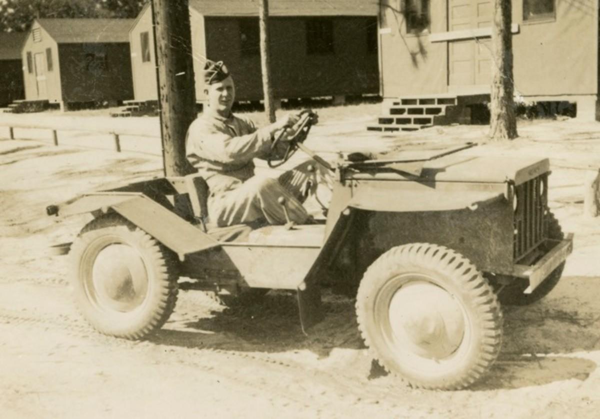 """Crosley """"Pup"""" at Fort Bragg, NC, ca. 1943"""
