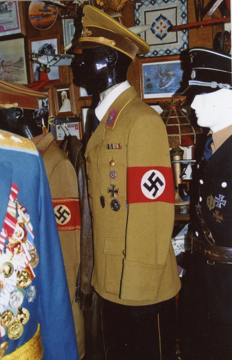 Uniform of Reichsleiter Philipp Bouhler, Chief of the Chancellery of the Führer of the NSDAP.