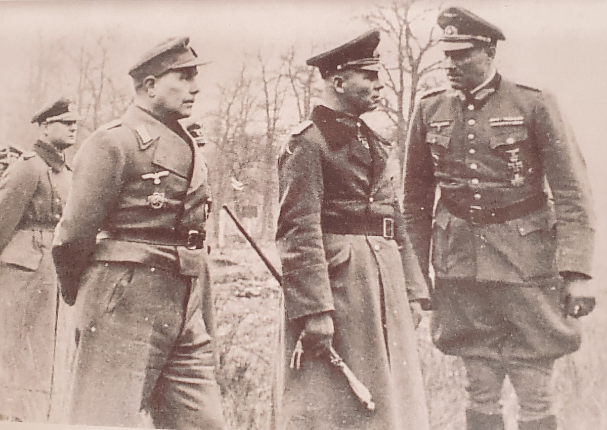 May 1944 photo probably taken in France shows (l-r) Major Alfred Beck, Field Marshal Erwin Rommel, and General Feuchtinger.