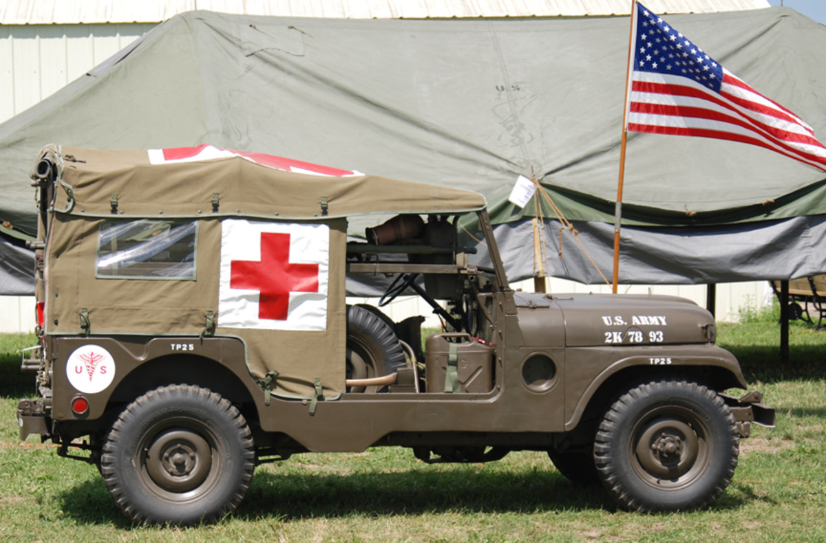 Mike Weaver's 1954 M179 Ambulance