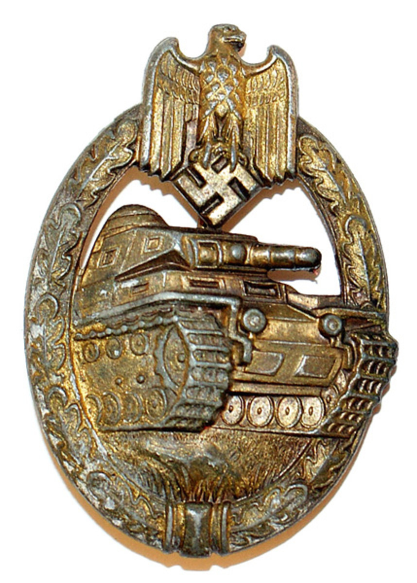 Bronze version of the Panzer assault badge as awarded to Panzer grenadiers, armored car personnel, and members of medical and signals units.