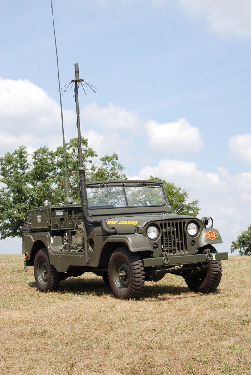 MRC-87 USMC Forward Air Control Jeep restored by Paul Vandevort
