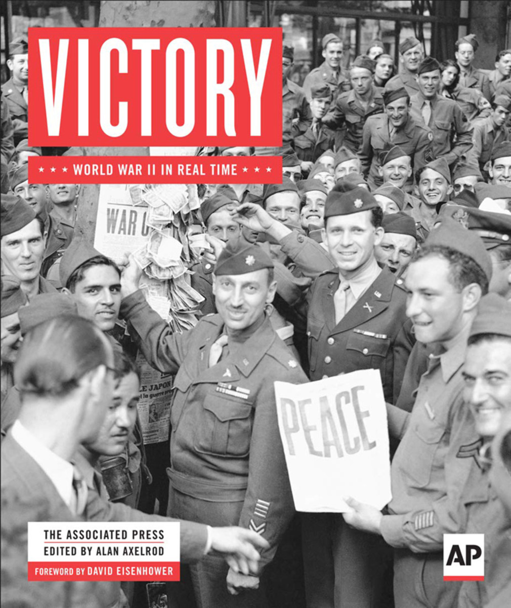 Cover of Victory: World War II in Real Time, by the Associated Press