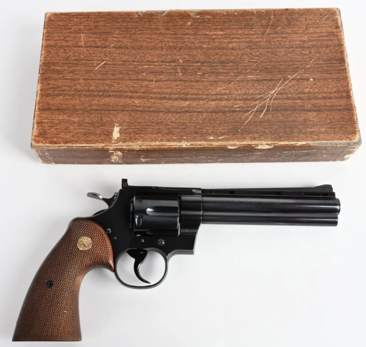 Rare and extremely desirable first-year (1955) Colt Python .357 Magnum, shipping box with factory letter confirming serial number 559 and recipient: Charlottesville (Va.) Hardware Co.