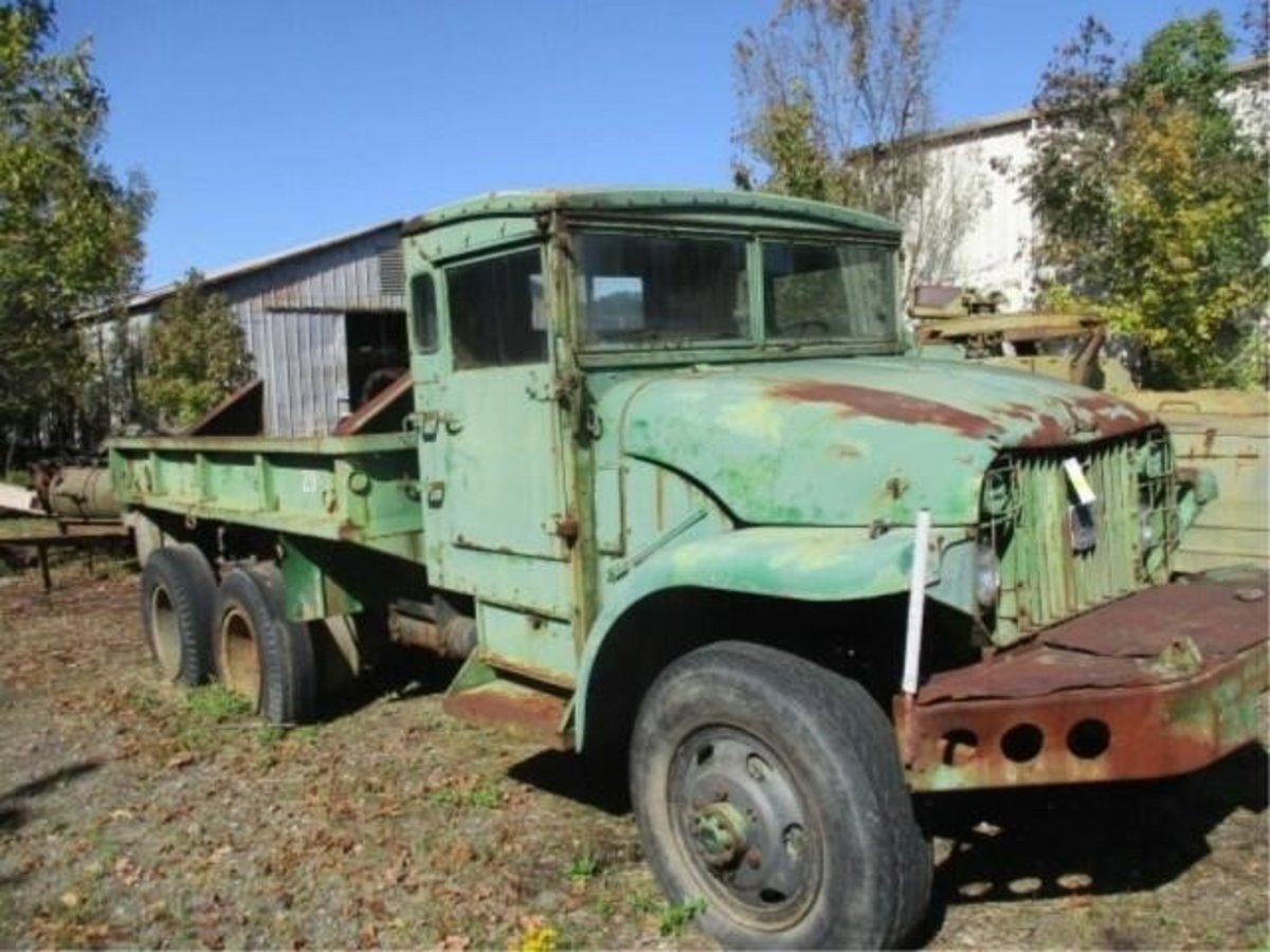 Lot 9. 1952 GMC M211 2.5-ton. Sold for $600.