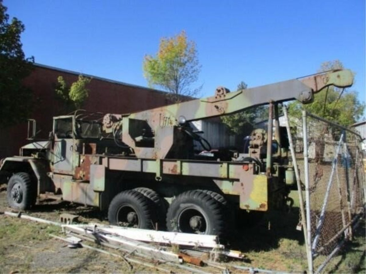 Lot 1. 1953 M62 5-ton 6x6 Wrecker Truck sold for $1,750.