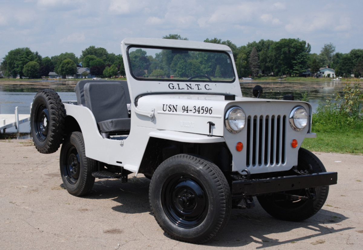 The taller F-head engine required Willys to raise the the cowl and hood on the CJ3B as seen on Frank Votava's Jeep