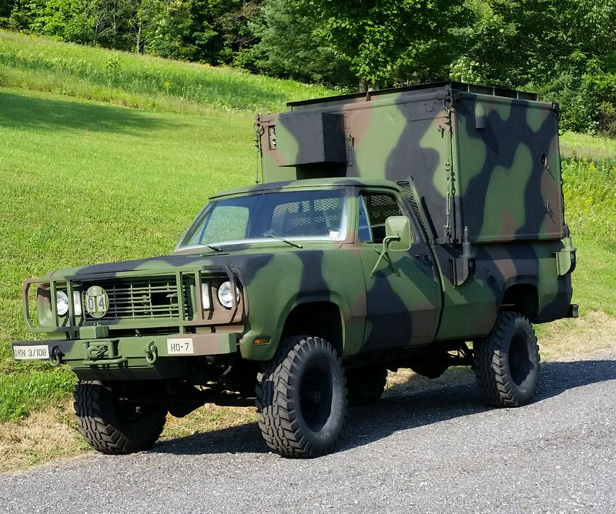 M882 1977 with S-250 shelter belonging to Ted Hammons