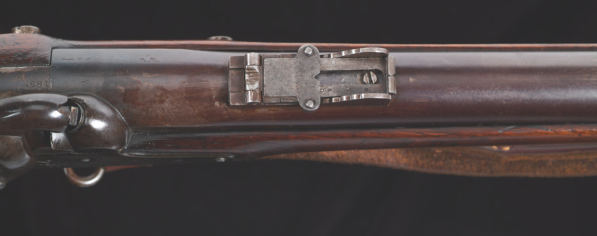 """Instead of using the ladder-style rear sight used during the second alteration of 1854-55, a new sight was added these rifles. The new sight had a side wall with gradients denoted with """"200"""", """"3"""" and """"4"""" and intermediate 50-yard steps."""