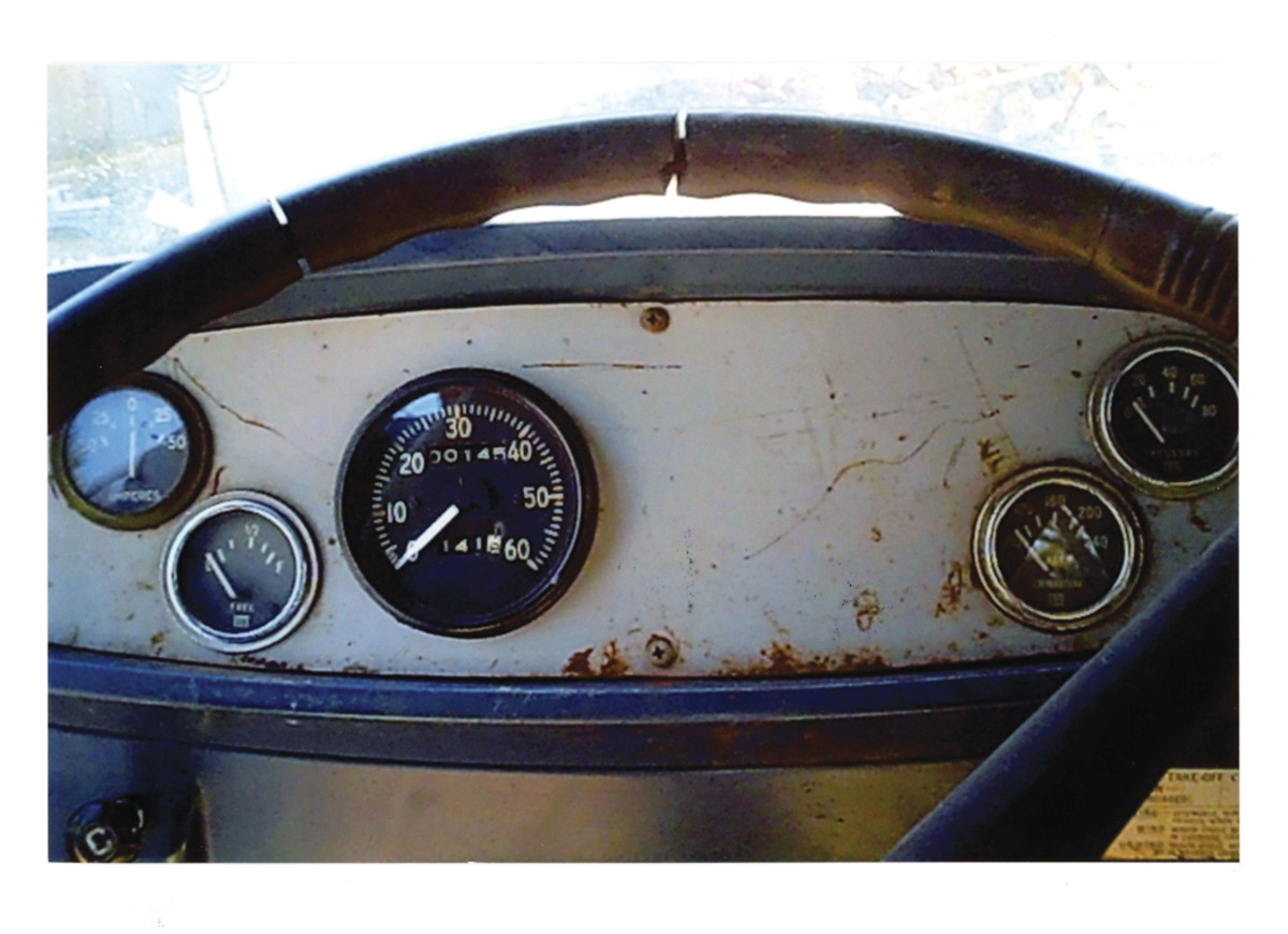 The dashboard still contained the original military-style gauges.