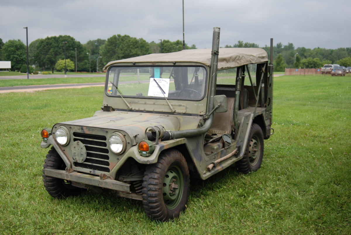 Burt Boldebuck's 1971 Ford-built M151A2.