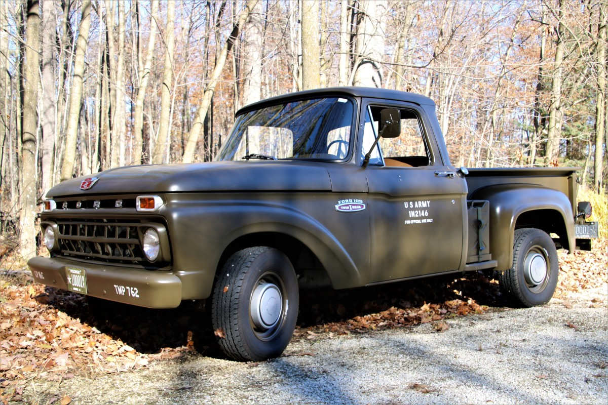 Jeff and Wendy Rowsam's 1965 Ford F-100.