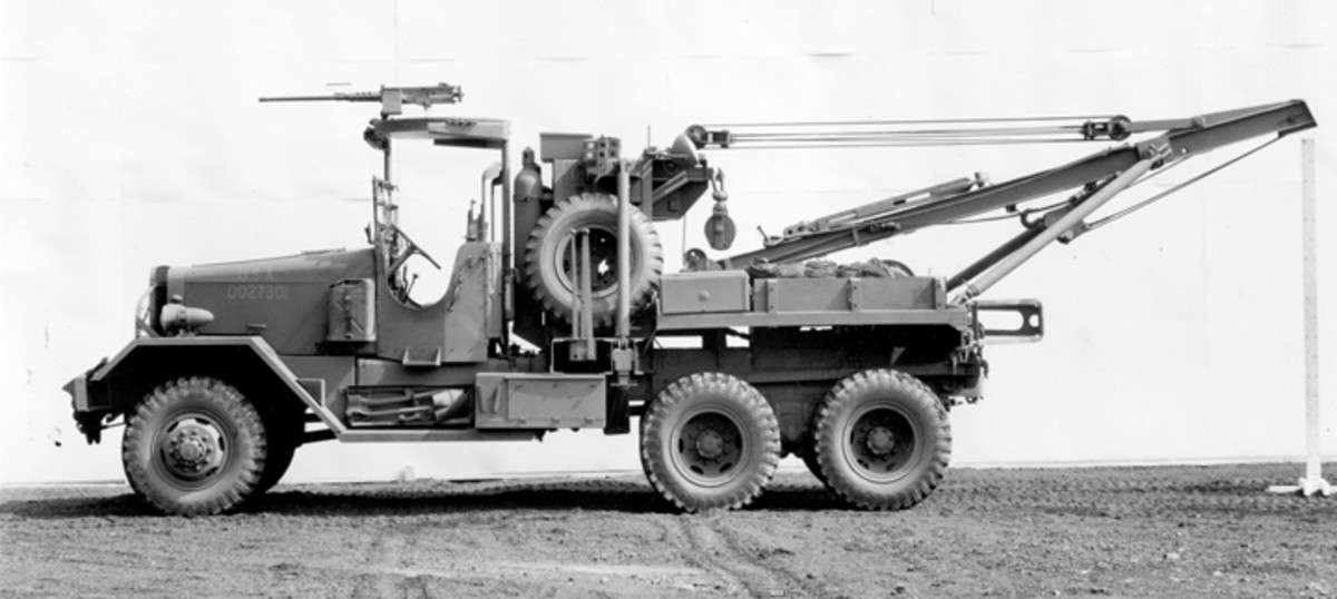 The Series Five Ward LaFrance (and the Model 573 Kenworth) were M1A1 heavy wreckers. In this photo we can see many of the improvements, including the military style open cab.