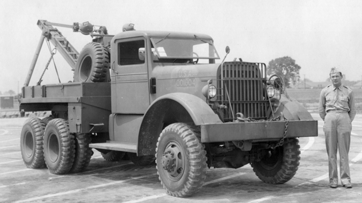 This June 1942 Aberdeen Proving Ground photo shows the very first Kenworth produced M1 wrecker. Known by Kenworth as the model 570, it was almost identical to the Ward LaFrance Series Two trucks, although there were some differences in control linkages. The large size of these vehicles is evidenced by the soldier standing near the fender.