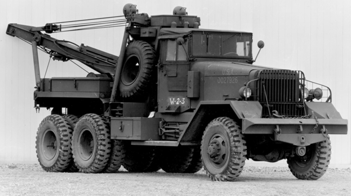 This is the Kenworth version of the M1A1, it is almost indistinguishable from a Ward LaFrance M1A1.