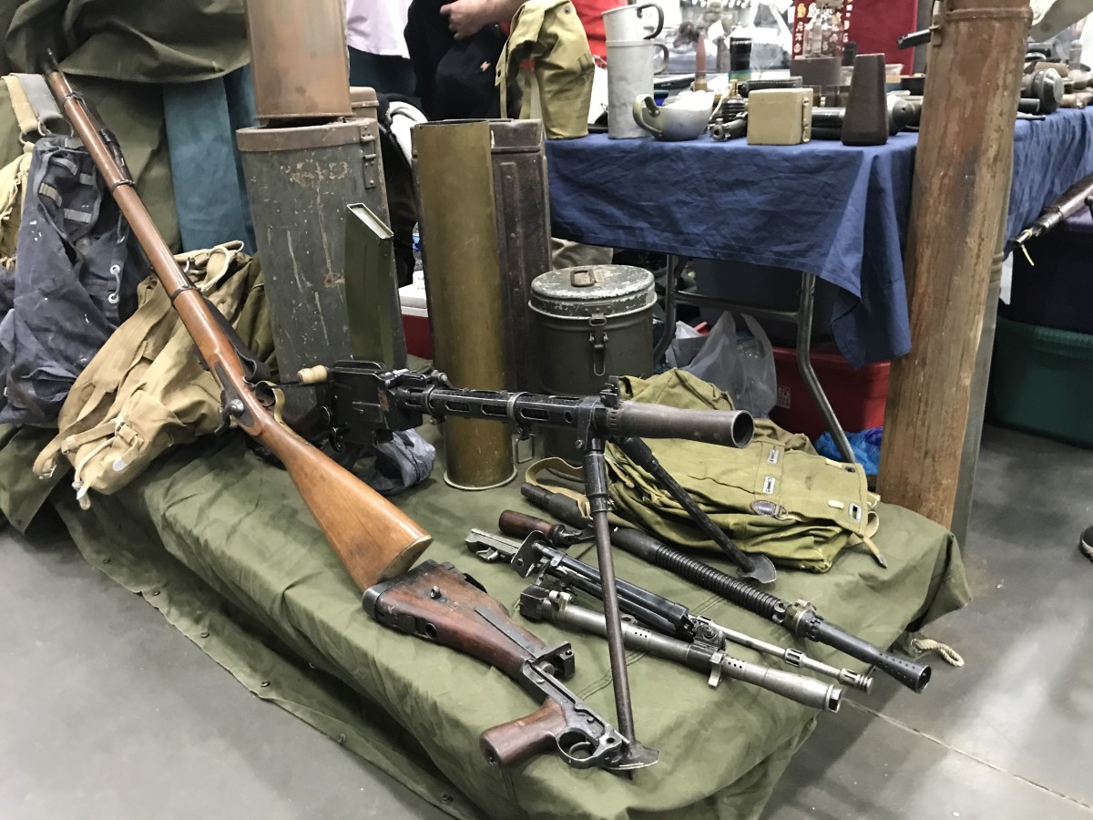 A lot of nice demilled machine guns were at the show.  I know of a sled-mounted MG08 that found a new home--and the new owner was delighted!
