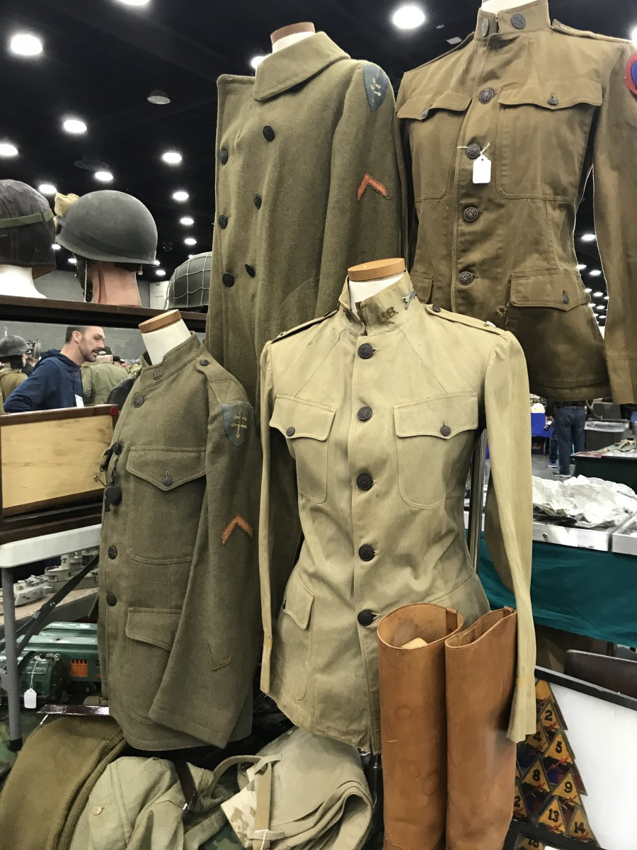 LOTS of WWI available at the show. I looked at three different Tank Corps groupings for my own collection. That's a high number for any show!