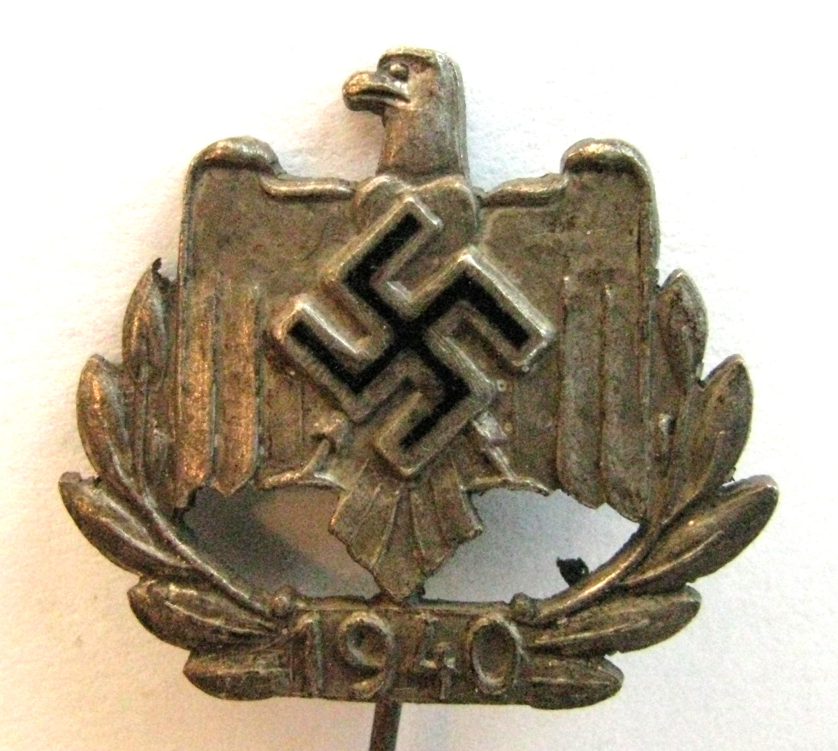 1940 honor pin for A NSRL member