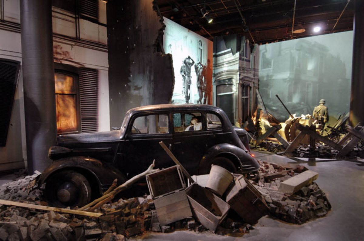 "The new ""Airborne Experience"" exhibit in the Airborne Museum 'Hartenstein' highlights what the street fighting might have been like in September 1944 in Arnhem."