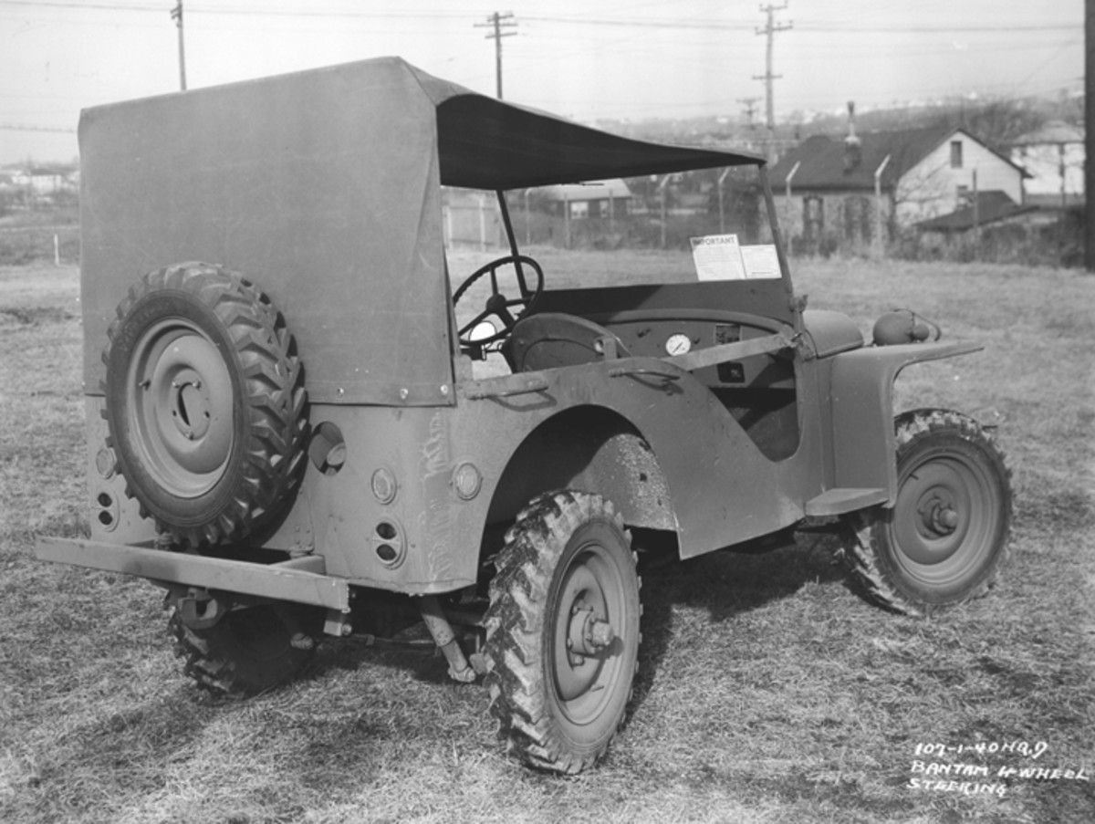 Another experiment conducted involved equipped the 1/4-ton vehicles with four-wheel steering. One of Bantam's efforts in this area are shown here. Shortages of critical steering components, complexity of manufacture, and concerns for troop training and operator safety resulted in the four-wheel drive, four-wheel steer system to not be adopted.