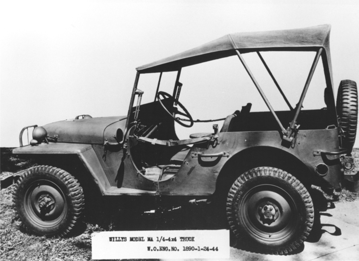 Production of the MA ended in August 1941, even though this example remained in use until 1944. The dual-bow system of supporting the tarpaulin is apparently unique to this vehicle.