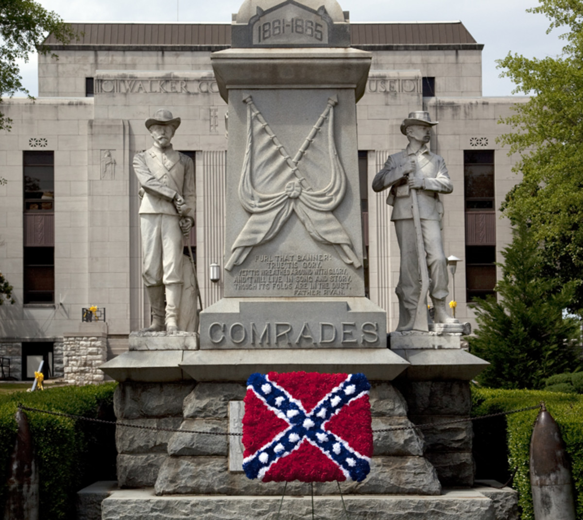 Confederate flag made out of flowers at the Confederate Statue in Jasper, Alabama. 2010.