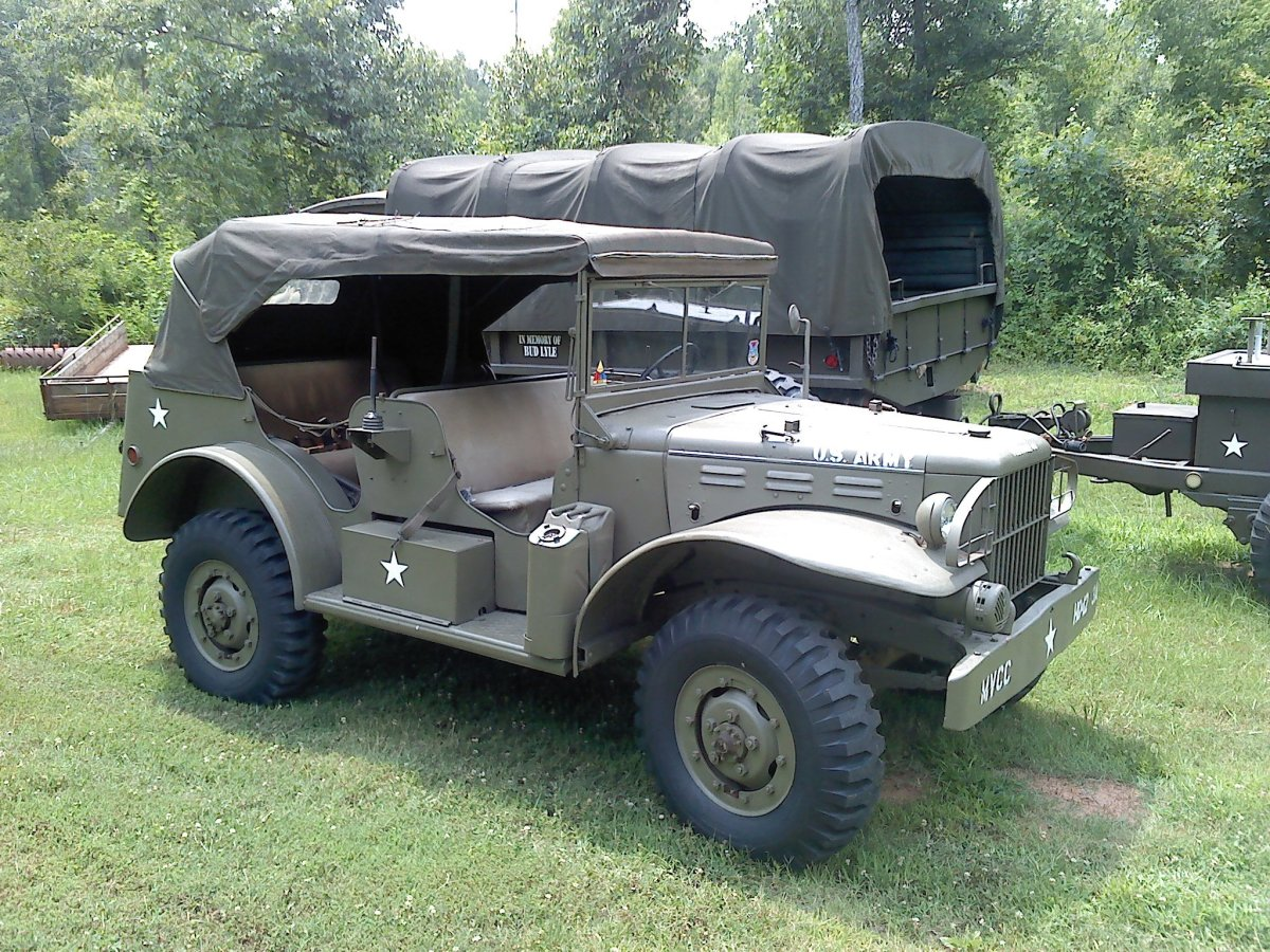 The WC-58 was essentially a WC-56 provided with a full suite of radio equipment in the back seat and a new data plate. Only 2,344 of these were built, making them the scarcest Dodge 3/4-ton command-type vehicles. This particular example was restored by Cam Moreland.