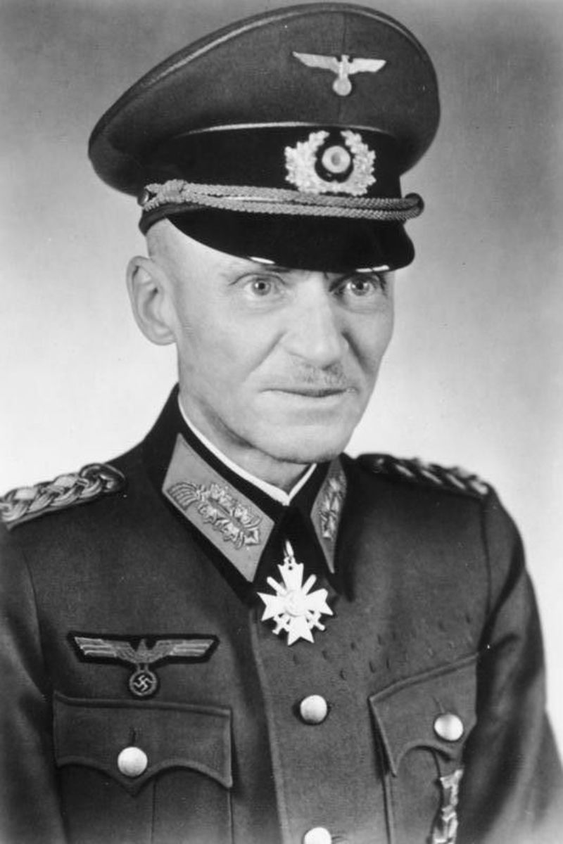 Rudolf Gercke (1884-1947), General der Infanterie, Chef des Transportwesens OKH wearing the Knights Cross of the War Merit Cross with swords,