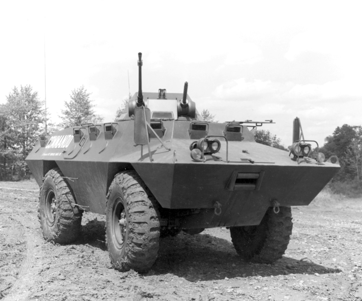 The prototype Commando differed in many details from the production vehicles. The side hatches were much smaller, terminating above the belt of the hull, and the vision blocks protruded. The .50 and .30 caliber machine guns were on either side of the gunner in the original of the T-60 turret, shown here.
