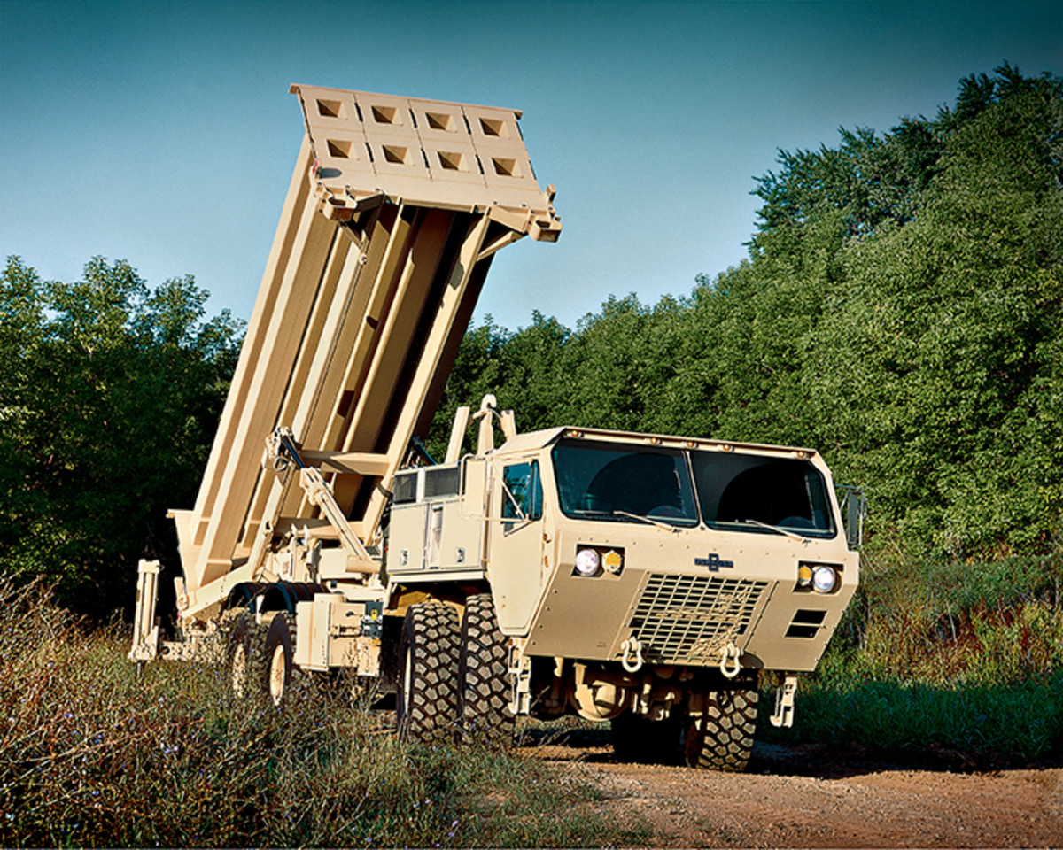 HEMTT with THAAD launcher