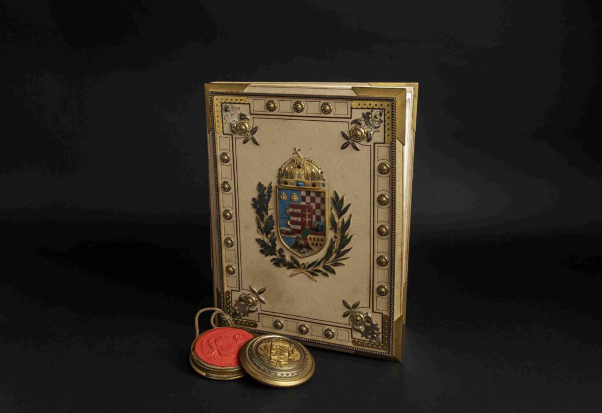 Emperor Franz Joseph I - a magnificent Hungarian nobility diploma for Antal(t) Kiss, Austria, 1912.