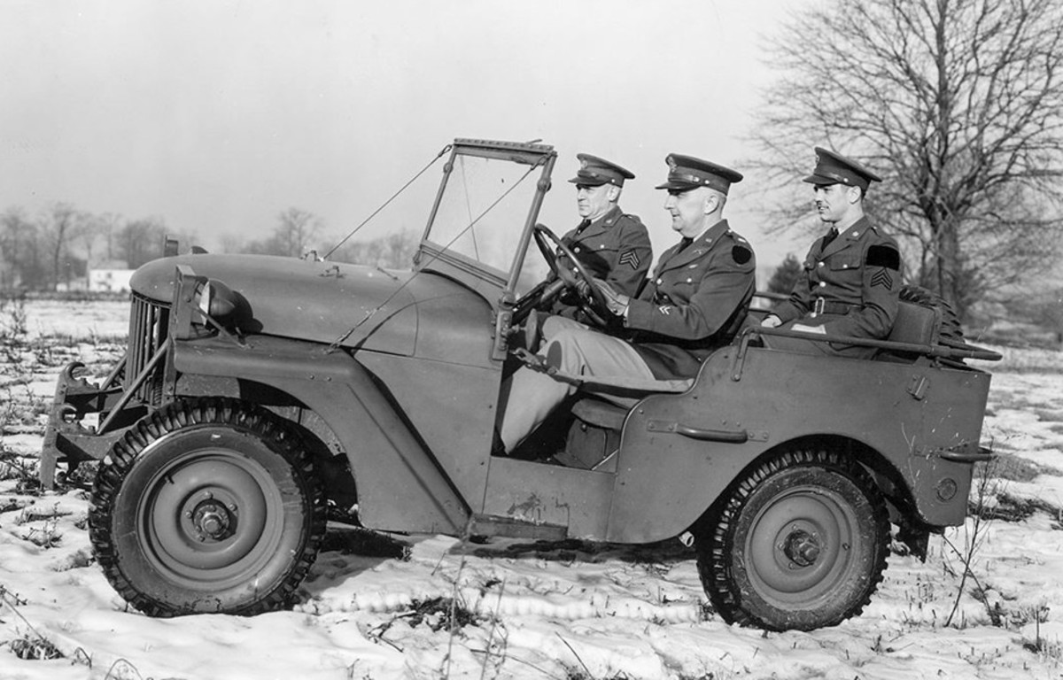 Willys Quad photographed in 1942