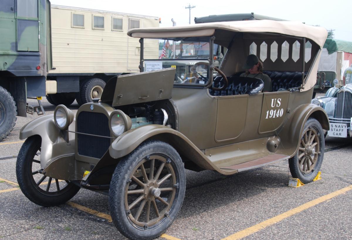 Mark Ounan's 1918 Dodge staff car.