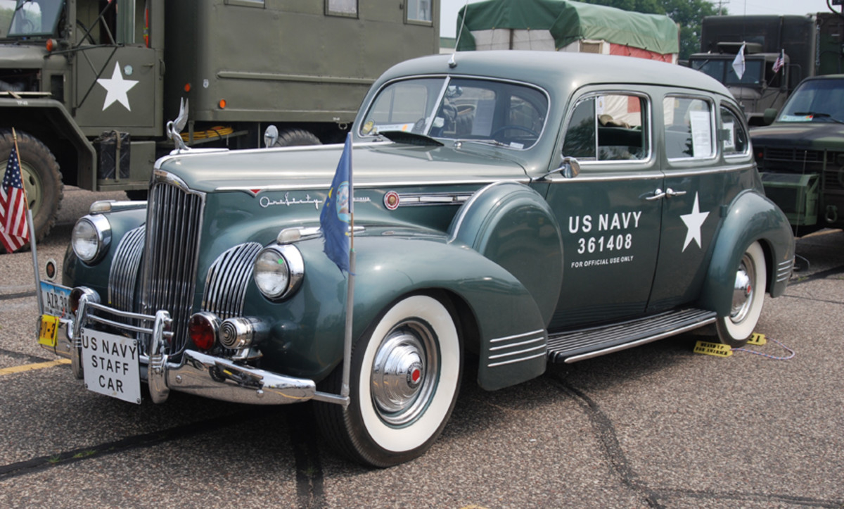 1941 Packard Model 160 Touring Sedan