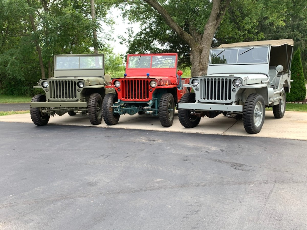 Leo Jankowski's three 1942 Ford GPWs. The Navy unit has a true USN heritage, The OD unit is a tribute to his uncle who served in WW2 US Army, and the red unit will be done up as USMC as tribute to his other uncle who served in WW2 USMC.