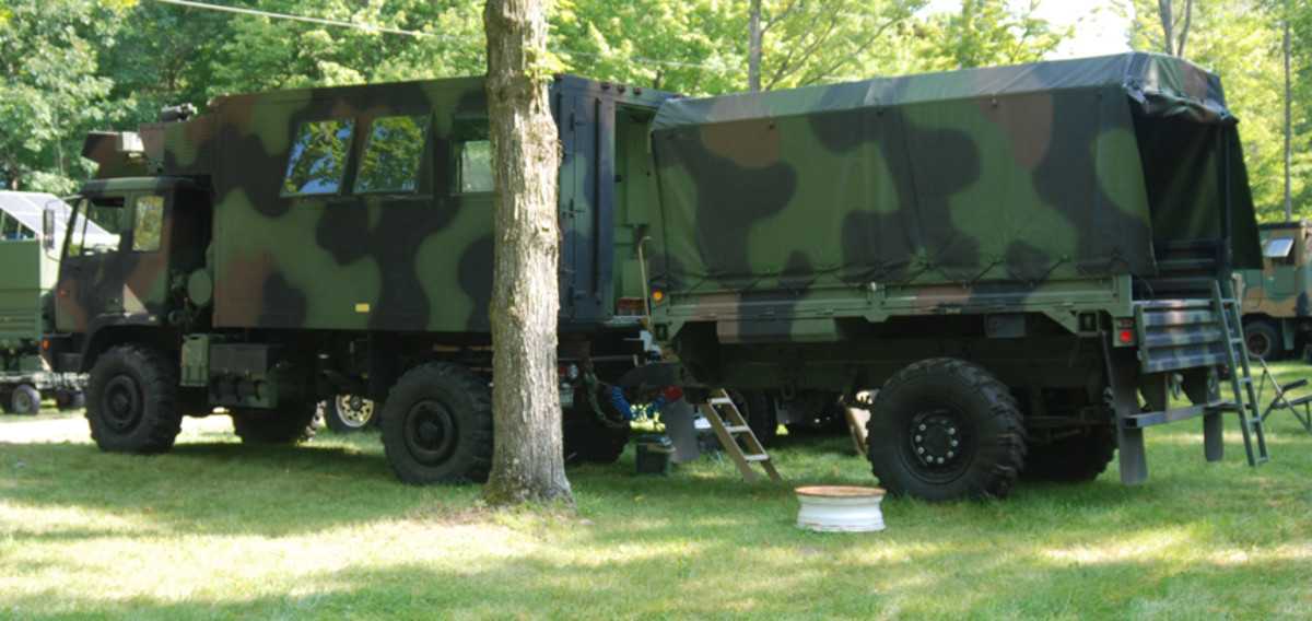 """Mike Niebuhr's meticulously restored M1079 and M1082 trailer earned him the """"Most Prepared for a Modern War"""" award."""