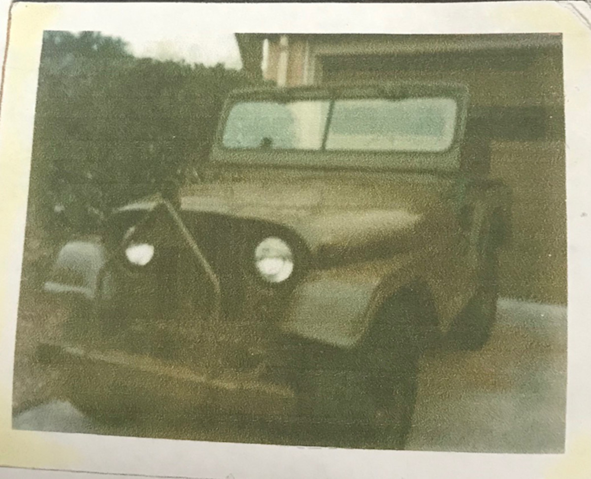 Jimmy Boyett sent this snapshot of an M38A1 built by Ford of Canada.